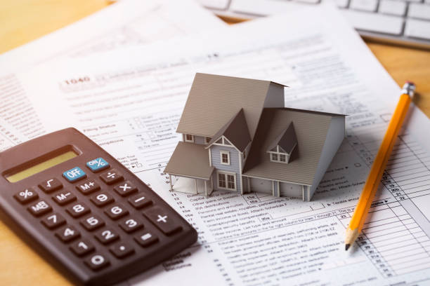 home tax deduction mortgage interest - casa in affitto foto e immagini stock