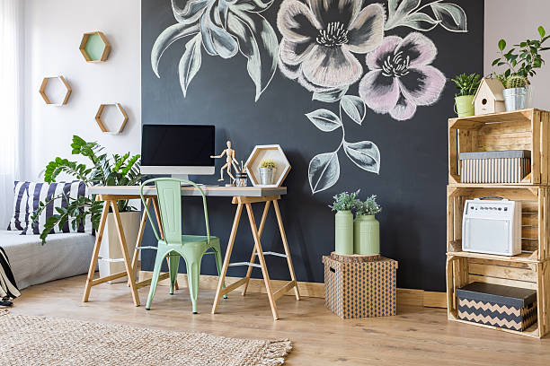 home workspace with chalkboard - do it yourself home stock-fotos und bilder