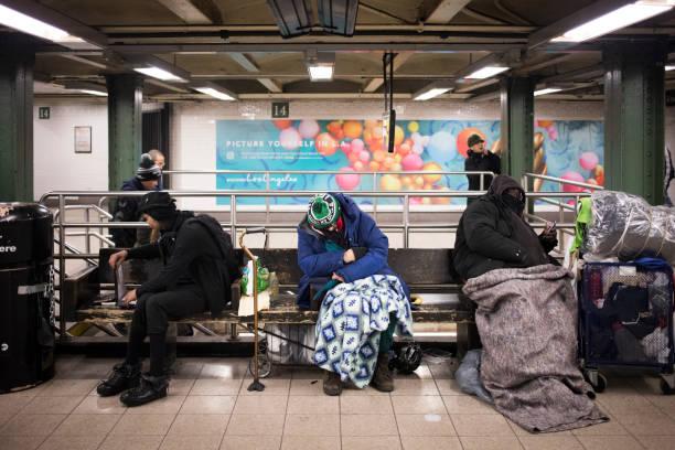 Obdachlose im Unterweg – Foto
