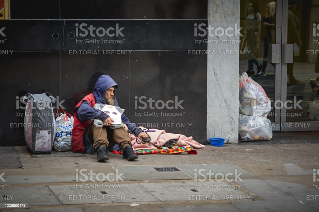 homeless-man-begging-for-help-in-central-london-picture-id1028966178?profile=RESIZE_400x