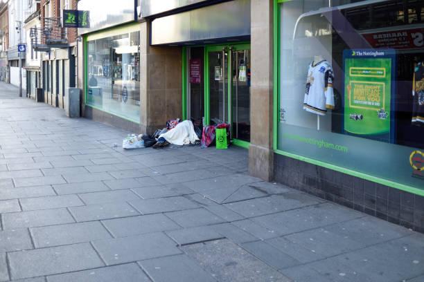 Obdachlose schlafen auf den Straßen der Stadt Nottingham, UK. – Foto