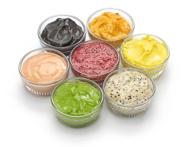 zusammenstellung hausgemachter mayonnaise-sauce - safransauce stock-fotos und bilder