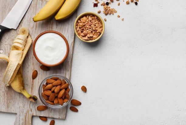 homemade breakfast recipe concept - fotos de oats imagens e fotografias de stock