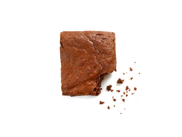 homemade chocolate brownie with crumbs - bolo de bolacha imagens e fotografias de stock