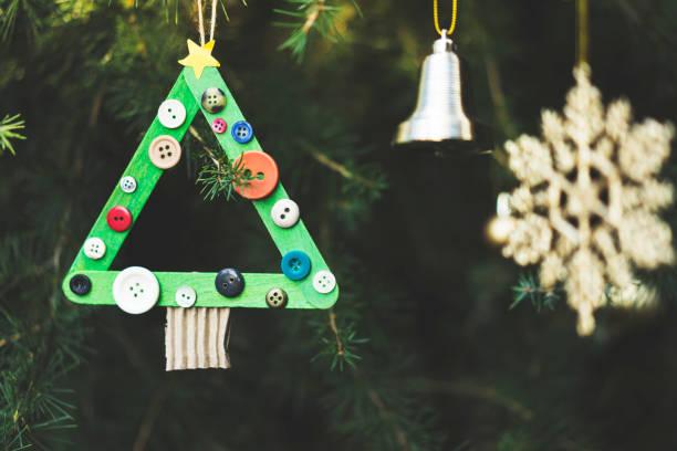 hausgemachte weihnachtsbaum ornament - diy xmas stock-fotos und bilder