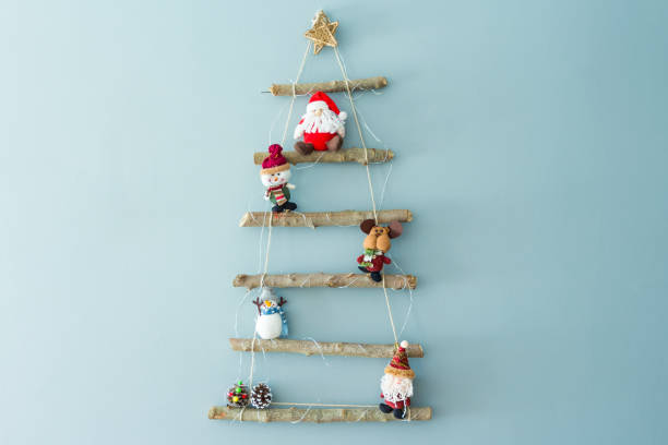 hausgemachte weihnachtsbaum - diy xmas stock-fotos und bilder