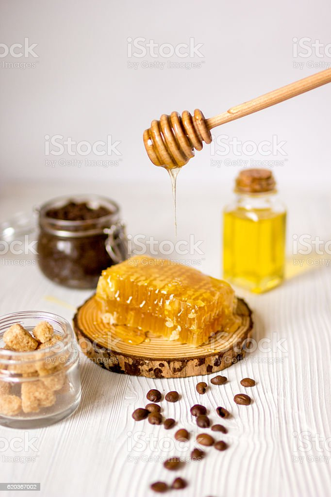 homemade cosmetics based on honey and coffe foto de stock royalty-free
