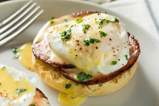 istock Homemade Eggs Benedict with Bacon 911090014