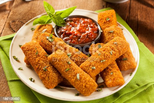 Homemade Fried Mozzarella Sticks with Marinara Sauce