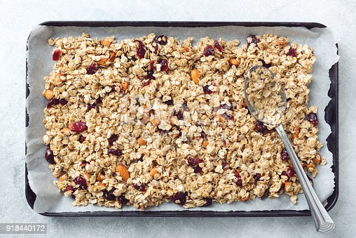 istock Homemade granola on baking sheet 918440172