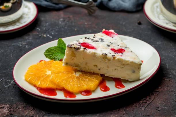 自製霜淇淋卡塔塔 - cassata 個照片及圖片檔