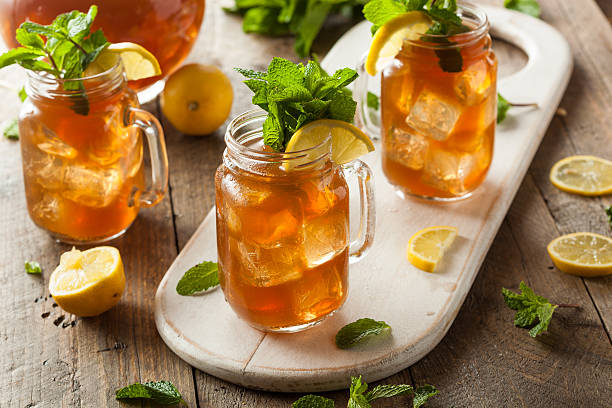 homemade iced tea and lemonade - sweet food stock pictures, royalty-free photos & images