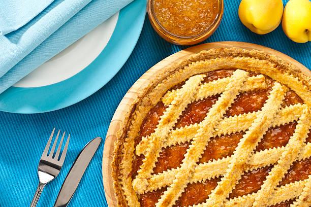 Italiano casero crostata toma directamente arriba - foto de stock