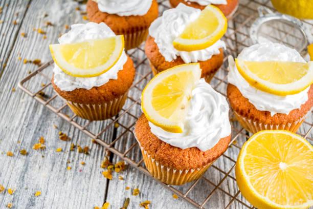 Hausgemachte Zitronencupkuchen – Foto