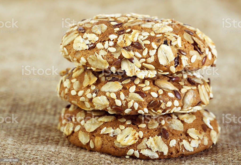 Hornear galletas de avena caseras - Foto de stock de Al horno libre de derechos