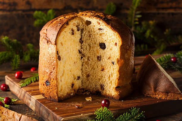 torta di frutta fatti in casa panettone - panettone foto e immagini stock