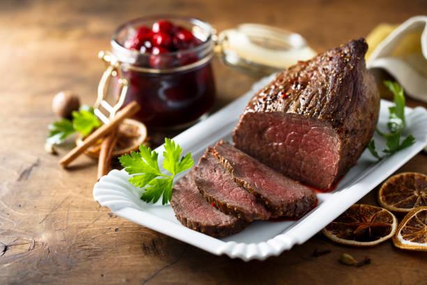 carne asada casera - rosbif fotografías e imágenes de stock