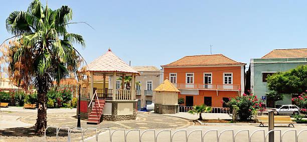 casas da plaza - cabo verde imagens e fotografias de stock