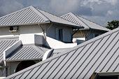 istock home's roof 90713143
