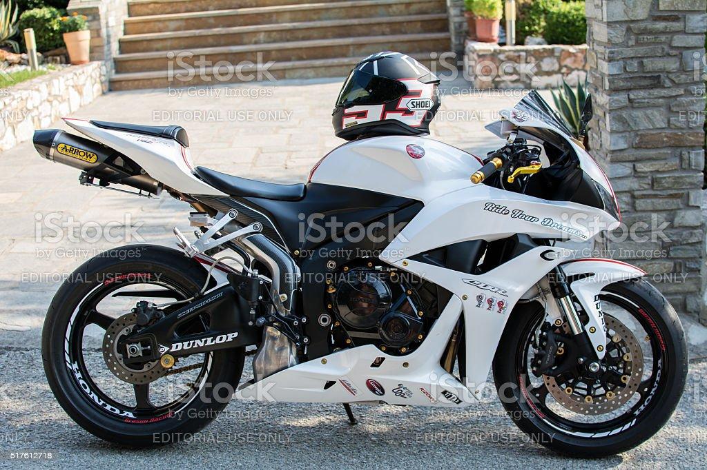 Honda 2007 Cbr 1000rr White Motorcycle Stock Photo Download Image Now Istock