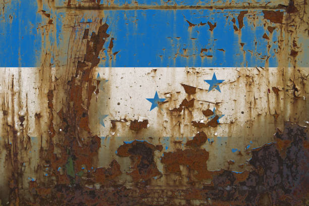 bandera de honduras sobre una superficie metálica sucio grunge oxidado - bandera de honduras fotografías e imágenes de stock