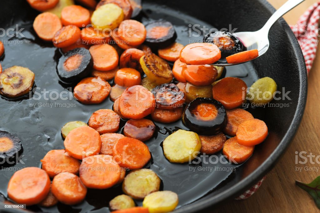 Honey Glazed Carrots bildbanksfoto