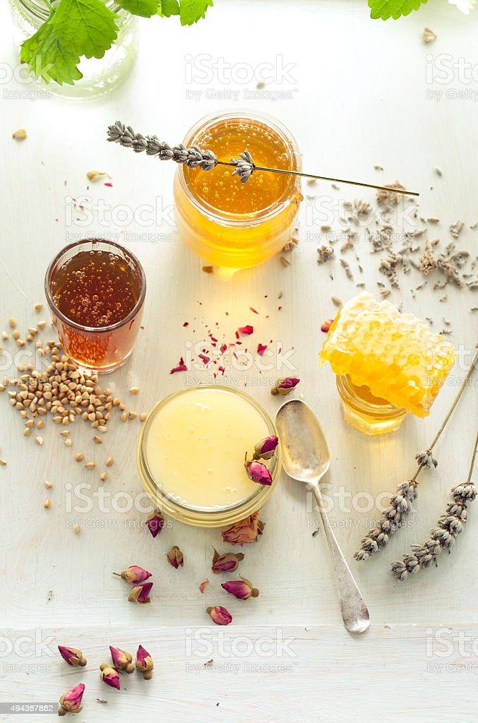 Honey variety, honeycomb in a glass jars . stok fotoğrafı