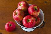 istock Honeycrisp Apples 1213209881