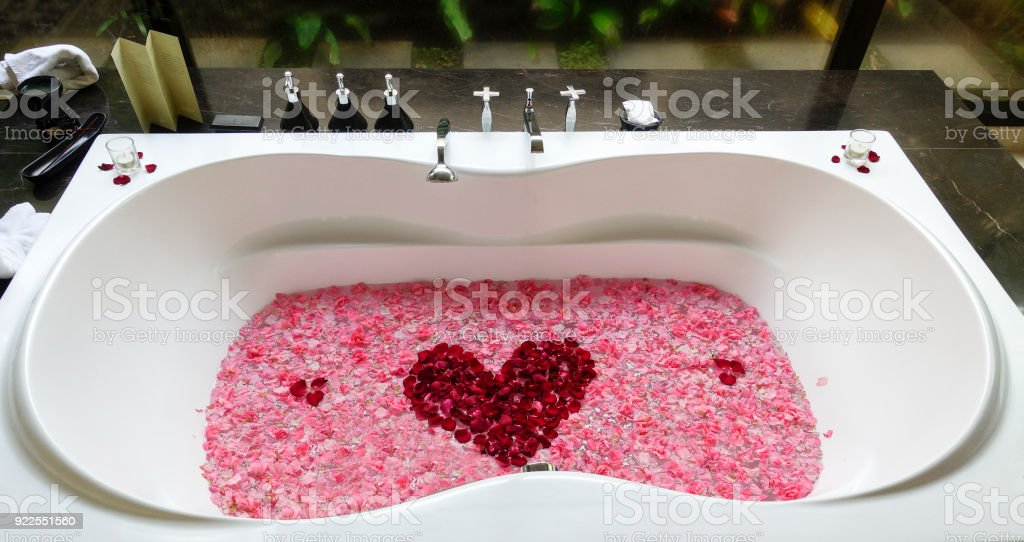 Honeymoon Bathtub With Red Rose Flower Heart Romantic Bathroom Royalty Free Stock Photo