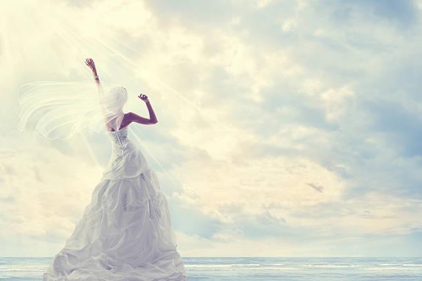 honeymoon trip, bride wedding dress, blue sky, romantic travel concept - veil stock pictures, royalty-free photos & images