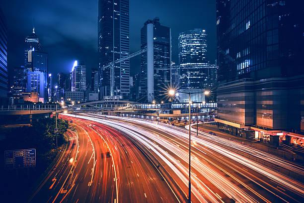 香港セントラル地区の夜景 - 街灯 ストックフォトと画像