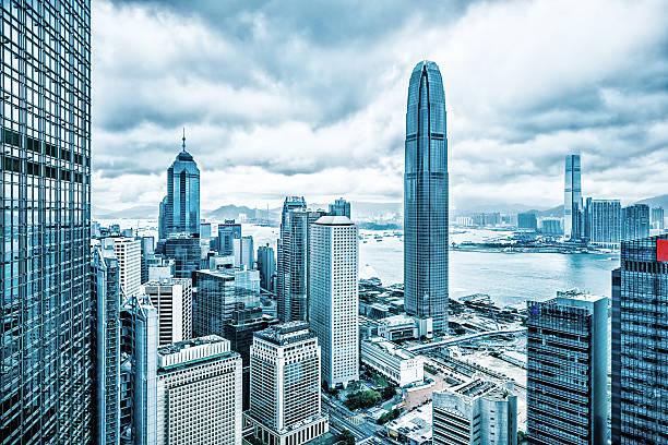 distrito financiero de hong kong - hong kong fotografías e imágenes de stock