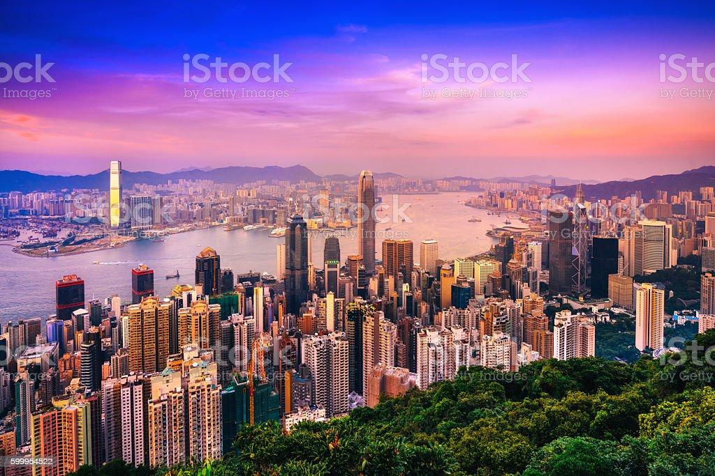Hong Kong skyline in der Dämmerung – Foto