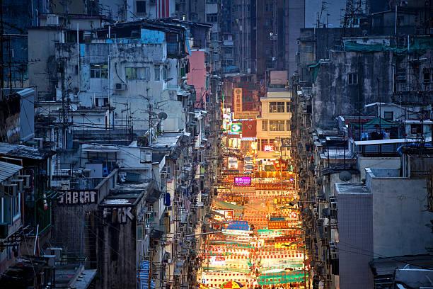 hongkong straßenmarkt - kowloon stock-fotos und bilder