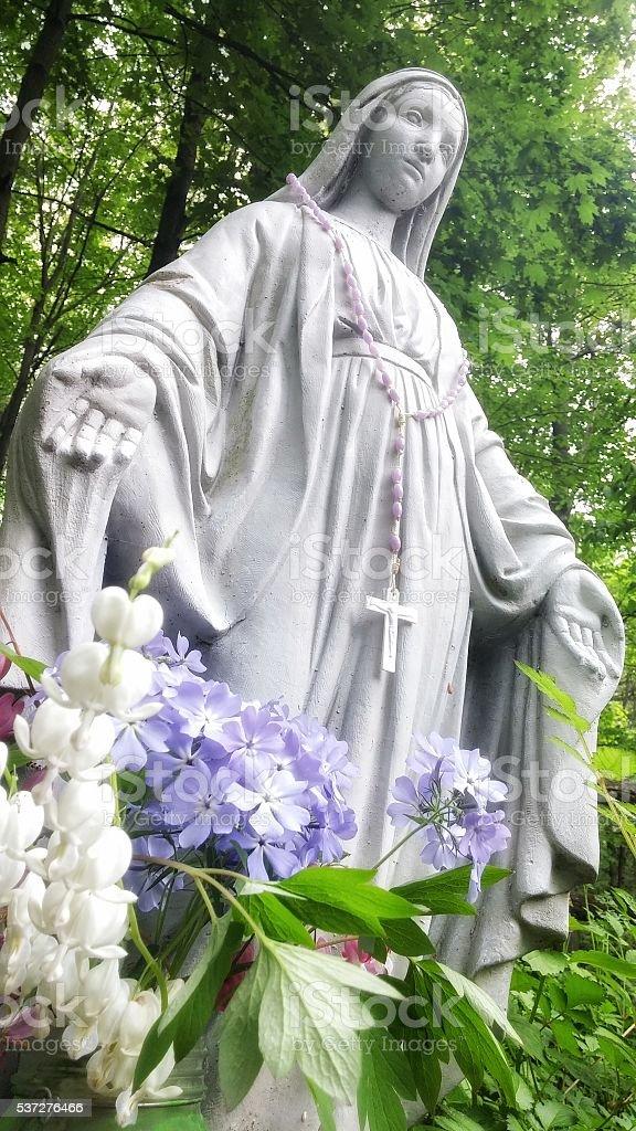 Honoring Virgin Mary Statue, Bleeding Hearts, Phlox Flowers, Garden, Forest  Royalty