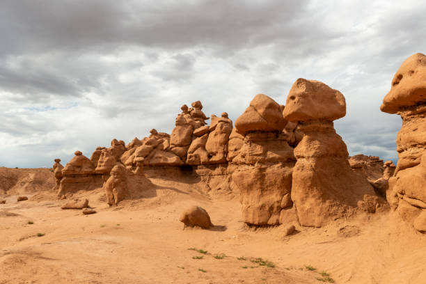 Hoodoos in Goblin Valley State Park, Utah Hoodoos in Goblin Valley State Park, Utah entrada sandstone stock pictures, royalty-free photos & images