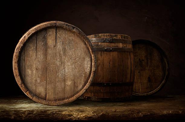 hop-Kegel mit Bier – Foto