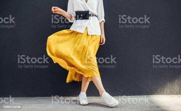 Horizontal cropped image of stylish slim woman in beautiful yellow picture id1089326536?b=1&k=6&m=1089326536&s=612x612&h=nxn3ot1ykbsapfqqm85aqdyxw3cqrtri505fr1lrmiw=