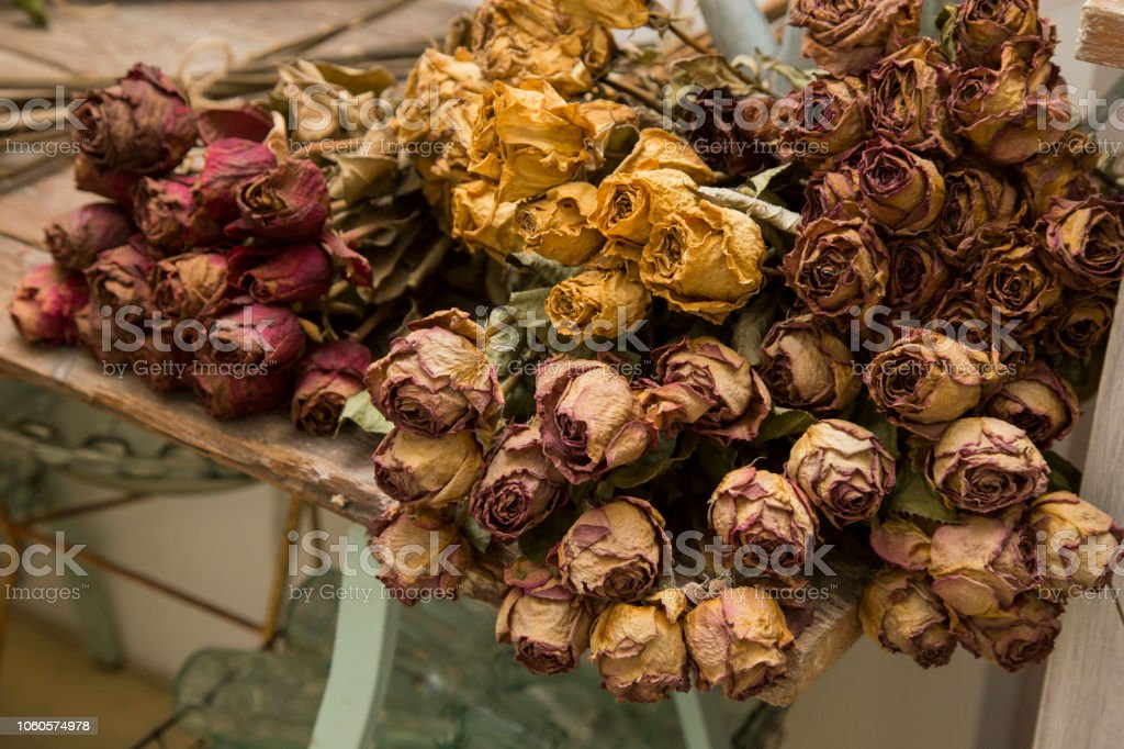 horizontal image with detail of dried flowers used as decoration