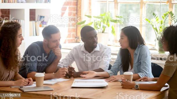 Horizontal photo diverse employees team discussing project at meeting picture id1172962615?b=1&k=6&m=1172962615&s=612x612&h=oigkpwgriuqhiqxlgsm31dq0hhlfbqethn6n6lmji0s=