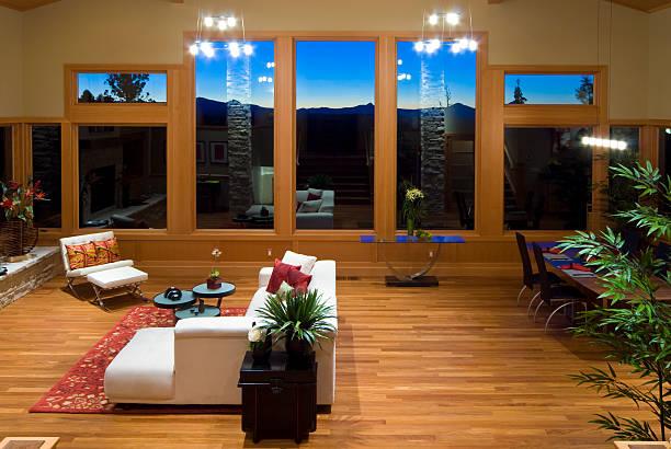 horizontale, sonnenuntergang, moderne asiatische wohnzimmer - feng shui einrichten stock-fotos und bilder