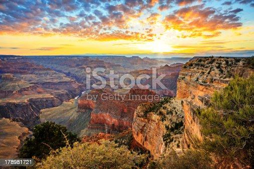 Horizontal view of famous Grand Canyon at sunrise, horizontal view