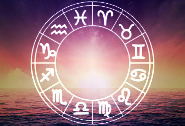 Horoscope circle on beautiful background picture id471943549?b=1&k=6&m=471943549&s=612x612&w=0&h=mh1dvy3pt2hnkvjcyundzf6nmtgrlsscvhuwpbjtrzo=