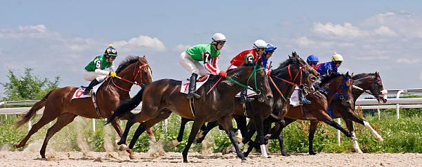 Horse racing picture id514154396?b=1&k=6&m=514154396&s=612x612&w=0&h=kyz8hex2i66fao8aofxgea88vj40riqrddjydiqlnry=