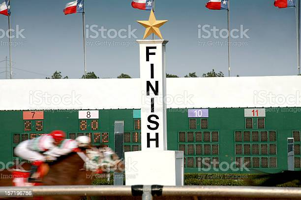 Horse racing race track finish line picture id157196786?b=1&k=6&m=157196786&s=612x612&h=xgqxlj4hbcrzmqjnha0oj nurqgn5aold34i85eymbk=