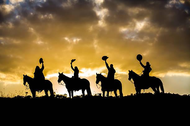 Horse riders on ridge picture id512130561?b=1&k=6&m=512130561&s=612x612&w=0&h=zrh5c1if5q6kgtzq41y7geplk twpxsabf od dcfki=