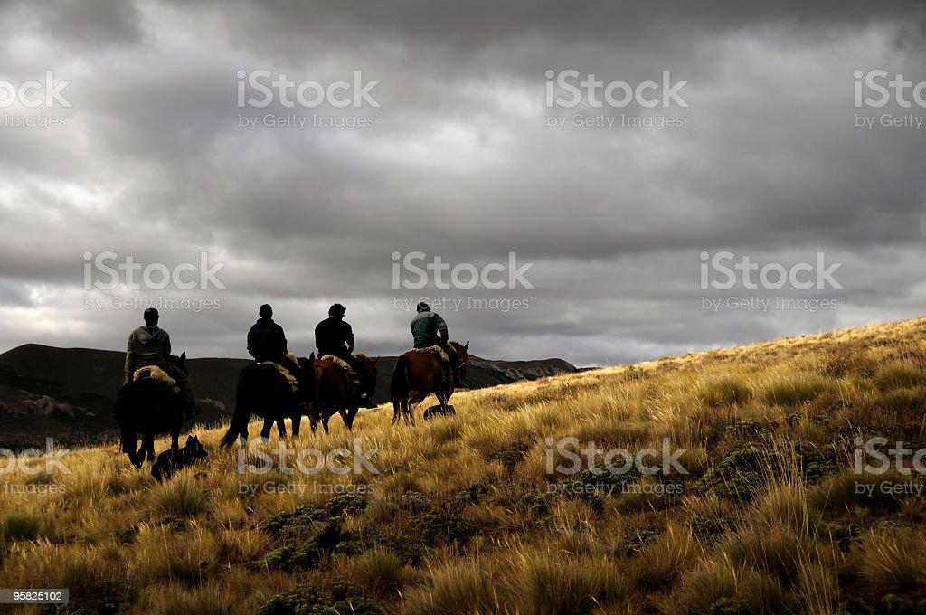 Cabalgatas en la Patagonia - foto de stock