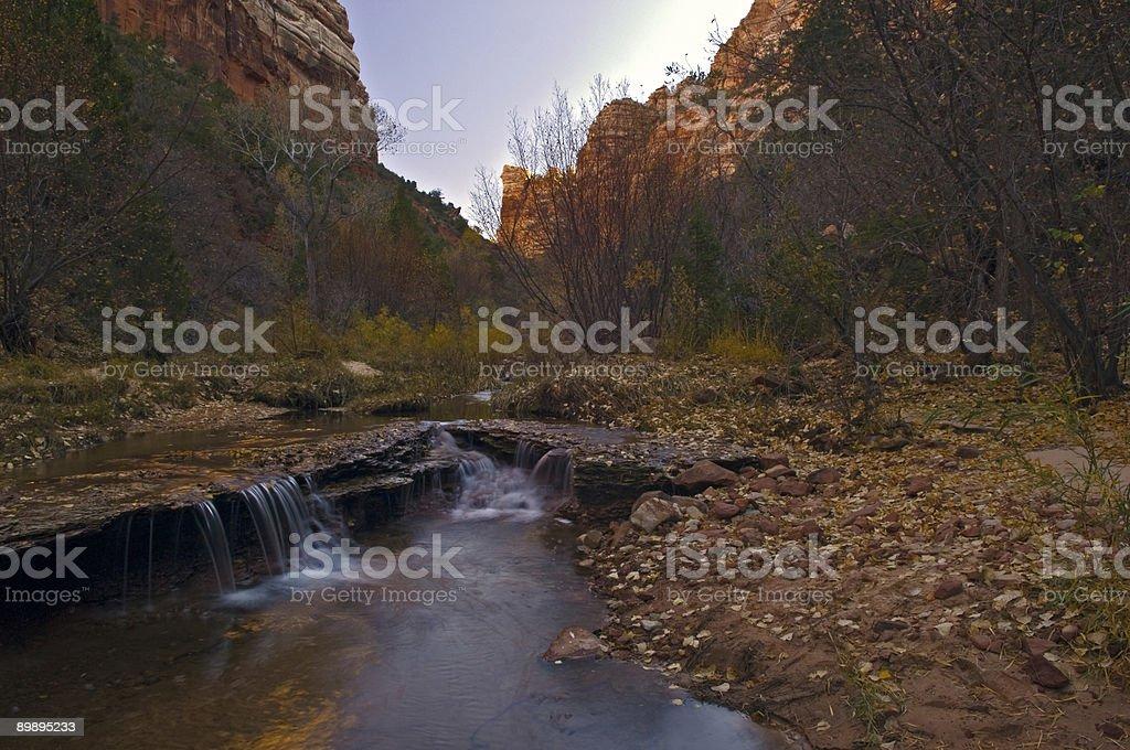Cataratas del lado canadiense, North Creek, parque nacional Zion foto de stock libre de derechos