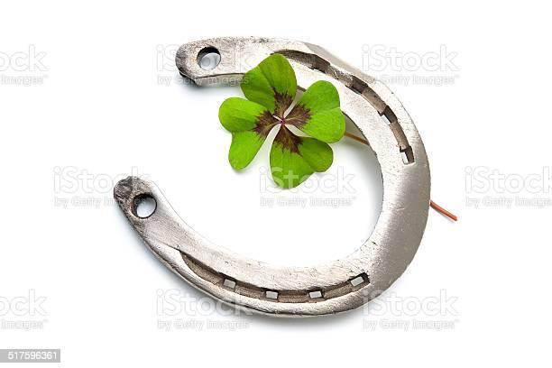 Horseshoes and four leaf clover picture id517596361?b=1&k=6&m=517596361&s=612x612&h=0eickfonuq856ta6v95ezimfdzcvodlqrrwd3poy7jo=