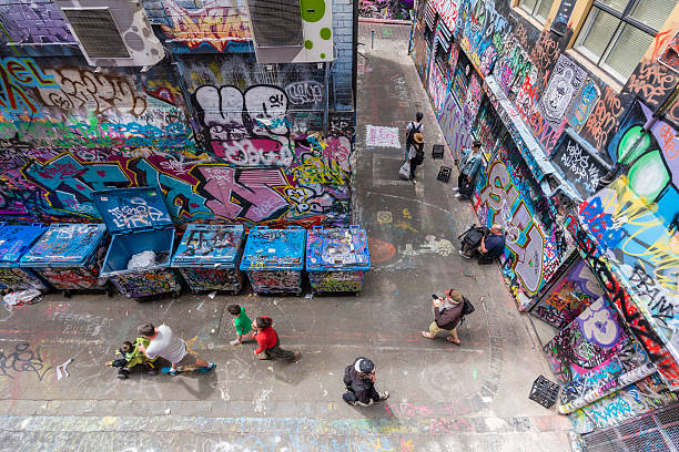 hosier lane in melbourne, australien - sprüche über reisen stock-fotos und bilder